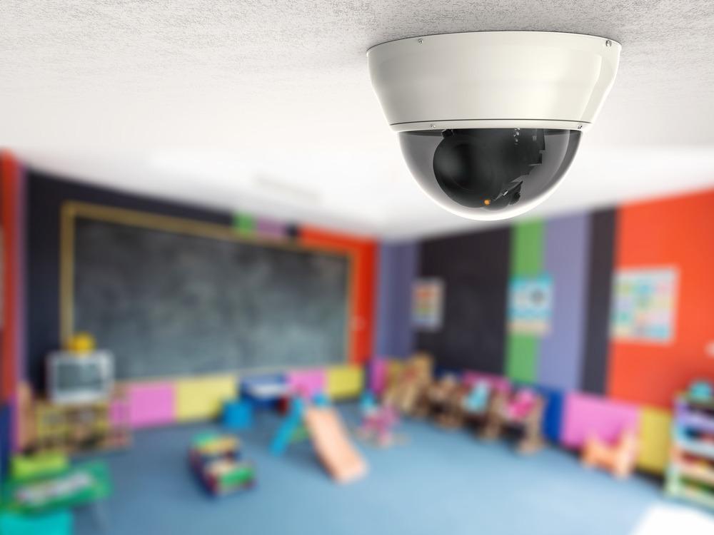 legale-utile-telecamere-videosorveglianza-scuole-case-riposo